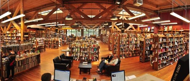 Elliott_Bay_Books_(Capitol_Hill)_interior_pano_01